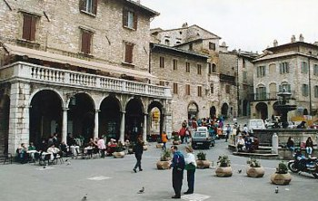 Piazza del Comune. I had lunch on the 1st floor verandah on the left.